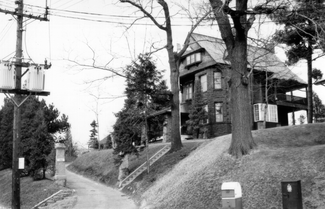 181 Ellis Avenue was designed by John Gemmell for his father Alexander. Gemmell was also the architect for 10 Morningside, 22 DeForest, St. Olave's Church, Morningside Church, the 1914 addition to Swansea Public School, and, on his deathbed, the present Morningside-High Park Church. Source and date unknown.