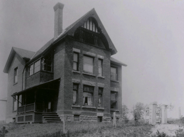 10 Morningside Ave, the R.C. Smith / Mackintosh house circa 1893. Designed by John Gemmell, this house was similar to Wm. Smith's house at 22 DeForest. The house was built for the Rev. Mackintosh and was purchased by R. C Smith in 1902. It was demolished in 1955 after Mr. Smith passed away at the age of 98.